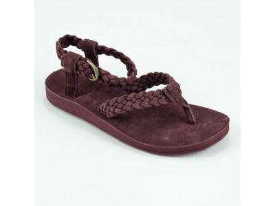 <Брендовая спортивная обувь Teva